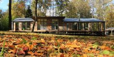 This prefab cabin was built in 10 days for only $80,000. Unbelievable! http://www.housebeautiful.com/design-inspiration/house-tours/news/a8097/modern-prefab-cabin/