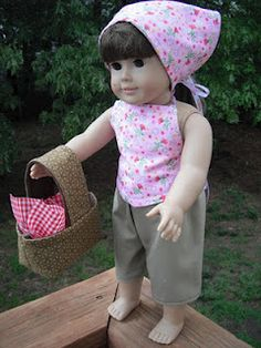 American girl sewing project. How to make a picnic set for your doll. A bandana, shirt, shorts and picnic basket.