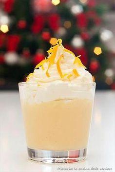 Crema pasticcera agli agrumi con chantilly al limone, ricetta dolce al cucchiaio.