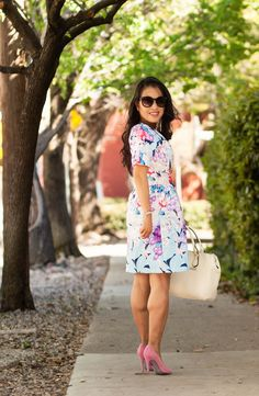 cute & little blog | petite fashion | easter floral spring dress outfit, pink pumps, white bag