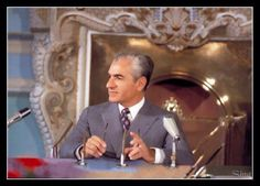 The Late Mohammad Reza Shah Pahlavi Farah Diba, King Of Persia, Pahlavi Dynasty, The Shah Of Iran, Persian Pattern, House Of Windsor, King Of Kings, King Queen, Culture