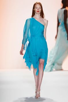 Review and Pictures of Jenny Packham Runway Show at 2012 Spring Summer New York Fashion Week