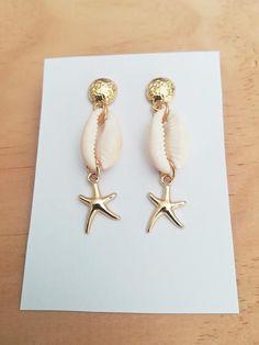 Sea Jewelry, Seashell Jewelry, Cute Jewelry, Jewelry Crafts, Beaded Jewelry, Pandora Jewelry, Jewelry Rings, Jewellery, Shell Earrings