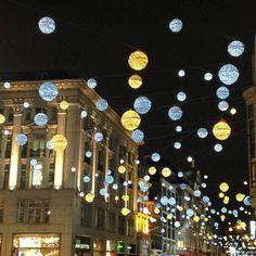 Christmas lights on #oxfordstreet tonight #christmasdecor #weddinginspiration #weddingdecor #christmaslights #iceblue #amber #baubles #weddinglights #hanginglights #hangingdecor #fairylights #oxfordcircus #london #londonblog #londonblogger #weddingblog #weddingblogger #devinebride