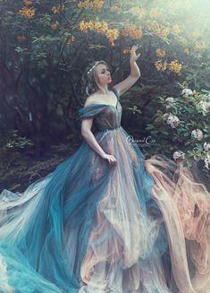 Photographer: Original Cin Photography Model: Eveline Dorresteijn  Muah: Carly Heemstra Dress: Прокат Платьев от Helena Lee Dresses aranged by: Art Photo Projects