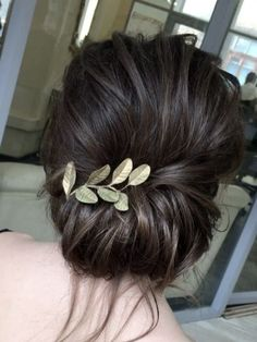 Wedding Hairstyles, Bridal hair, Bridesmaid Hairstyle, Wedding Planning Tips, Bride, Wedding Decorations, Wedding Decor, Wedding, - Charming Grace Events https://www.charminggraceevents.com/