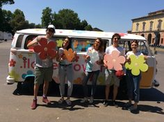 Follow our #Ovan far and wide the city, take a picture and receive fun gadgets! #Obag #flowerPower #inbloom #makeityours #mixandmatch