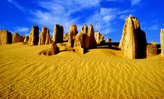 Discover the best Perth Tours with Sightseeing Tours Australia. We offer affordable day trips from Perth. Nambung National Park, Australia Landscape, Australia Tourism, 100 Things To Do, Ancient Ruins, Travel Deals, Day Tours, Western Australia, Natural Wonders