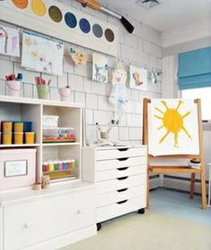 If only the art room could always stay this clean :)  Likethe giant water color paint and brush above.  Art room by janet