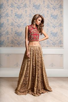 Javeriya Hanif for Momina Teli S/S 2016 (Desi Bridal Shaadi Indian Pakistani Wedding Mehndi Walima Lehenga