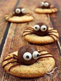 Chocolate spiders - I Ragnetti di cioccolato si prestano per la festa di Halloween ma volendo anche per un compleanno spiritoso o per una festa a sorpresa bizzarra o horror!