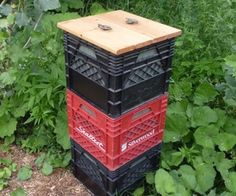 Milkcrate Composter (vertically stacked) hmm. can I grab some from behind the grocery store? is that okay to do? ;-)