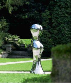 Richard Hudson - Marylin Monroe, 2012. Polished Mirrored Steel H360 cm