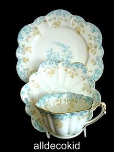 ANTIQUE WILEMAN ( SHELLEY) TEA CUP SAUCER & SIDE PLATE BLUE & GOLD IVY 1890's......OMG I have one of these!!!!!!