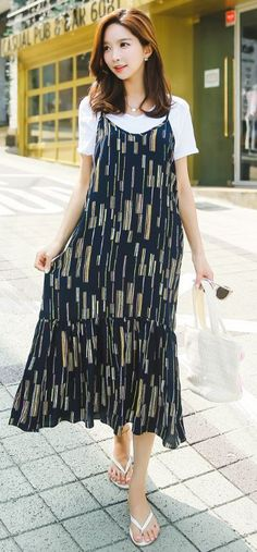 StyleOnme_Abstract Line Print Spagetti Strap Maxi Dress #layering #summer #koreanfashion #cute #lovely #girly #fun #max #dress #patterned #navy #kstyle
