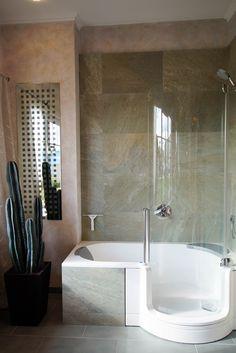 Die 39 besten Bilder von Kleine Badezimmer - mit Badewanne ...
