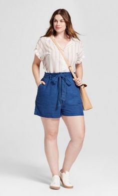 Blue curvy outfits, short outfits, plus size outfits, short dresses, Curvy Outfits, Short Outfits, Casual Outfits, Fashion Outfits, Womens Fashion, Fashion Fall, Fashion Pants, Fashion 2017, High Fashion