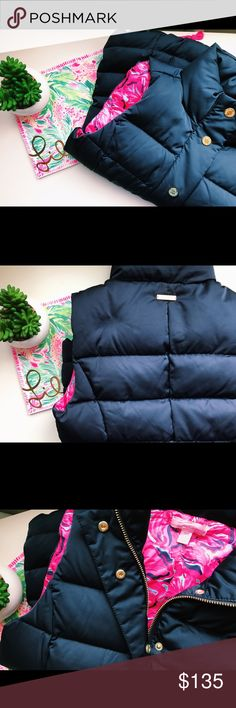 Lily Pulitzer Navy Vest♥️ This jacket is puffy and has two zippers! Sorry for the black lines☹️ Lilly Pulitzer Jackets & Coats