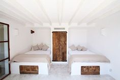 Simple Built In Beds Greek Style In 2019 Home Decor Home with regard to proportions 1242 X 973 Greek Style Bedroom Design - This will be the second and Built In Bed, Design Case, Home Bedroom, Kids Bedroom, Bedrooms, Cheap Home Decor, My Dream Home, Home Remodeling, New Homes