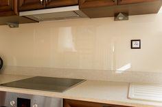 Kitchen Glass Wall - sklenená zástena v kuchyni #glasswall #glass #glassdesign #sklo #sklenenazastena