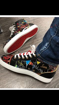 Christian Louboutin Shoes Mens, Christian Louboutin Red Bottoms, Me Too Shoes, Men's Shoes, Nike Shoes, Shoes Sneakers, Baskets, Funky Outfits, Balenciaga Shoes