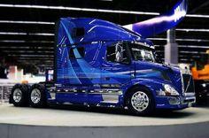 Show Trucks, Big Rig Trucks, Dump Trucks, Customised Trucks, Custom Trucks, Semi Trailer Truck, Driving Jobs, Custom Big Rigs, Truck Art