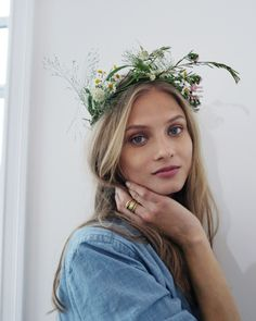 The person born with a talent they are meant to use will find their greatest happiness in using it. Messy Hairstyles, Pretty Hairstyles, Mascara, Anna Selezneva, Most Beautiful People, Stunning Girls, Simply Beautiful, Pretty People, Beautiful Things