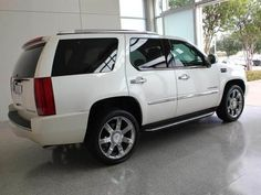 2008 Cadillac Escalade Luxury BASE SUV 4 Doors White Diamond for sale in Plano, TX http://www.usedcarsgroup.com/used-2008-cadillac-escalade-plano-tx-1gyfk63848r168864
