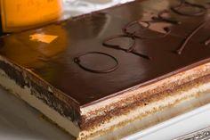 Τούρτα Όπερα - Συνταγές | γλυκές ιστορίες Brownie Deserts, Brownie Cake, Sweets Recipes, Fun Desserts, Candy Crash, Greek Sweets, Greek Recipes, Chocolate Cake, Cheesecake