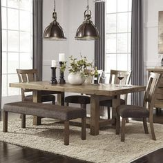 Rustic Wooden Dining Room - Home Decor Ideas