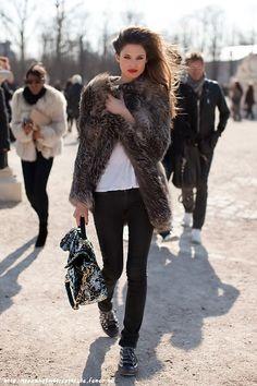 #faussefourrure # fourrure #fur #fakefur #coat