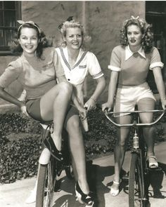 Girls from the Fifties on We Heart It