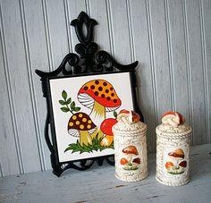 Vintage Mushroom Love !