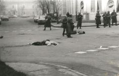 victims in Cluj Napoca Romanian revolution 1989 revolutia romana Romanian Revolution, Bucharest, Serial Killers, Capital City, Street View, Military, Pictures, Christmas, Flag