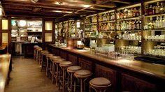 A competição World's 50 Best Bars, organizada pela Drinks International, fez aquilo que o seu nome indica: elegeu os 50 melhores bares do mundo. O The Dead Rabbit, em Nova Iorque, lidera a lista.