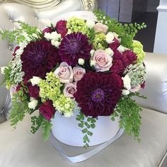 Extra special floral combo...pic via @dreamweddingblogger  #floralinspiration #floralideas #floraldesign #floraldecor