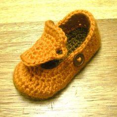 crochet shoe