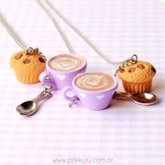 colar cappuccino e muffin