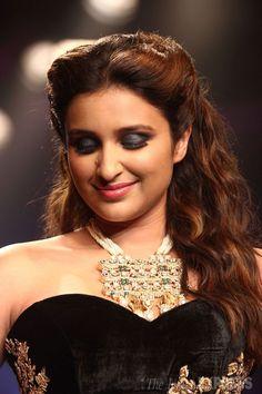Parineeti Chopra latest hd pictures 2015