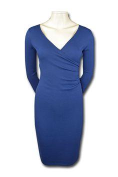 f2deb0bc10a4 KARTÓ kjole i økologisk blå viscose. Designet og fremstillet i Danmark.