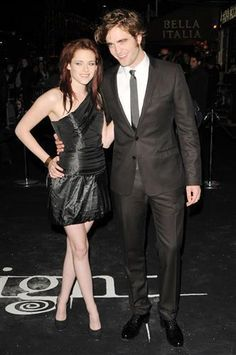 """Kristen Stewart and Robert Pattinson UK premiere of """"Twilight"""" held at the Vue cinema on Leicester Square"""