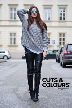 Een prachtige valling van jouw stijle lokken   Benieuwd hoe jij jouw lange haar het beste kunt verzorgen? Stap binnen bij Cuts & Colours!