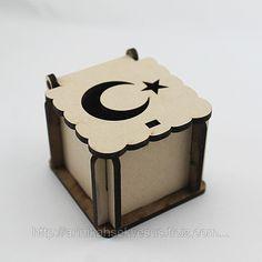 Ay Yıldız İşlemeli Ahşap Kutu (ID#865192): satış, İstanbul'daki fiyat. Arı Nikah Şekeri Ve Süs adlı şirketin sunduğu Kutu Çeşitleri Nikah Şekeri Malzeme