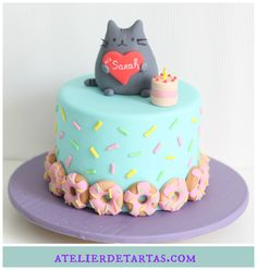 Pusheen Cat Fondant Cake by Atelier de Tartas, Tartas fondant Pusheen cat mallorca, Tartas personalizadas Mallorca, Decorated Birthday Cake