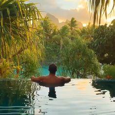 Bora bora beautiful places w 2019 travel videos, vacation places i adventur Beautiful Places To Travel, Wonderful Places, Cool Places To Visit, Places To Go, Vacation Places, Dream Vacations, Vacation Spots, Romantic Vacations, Italy Vacation