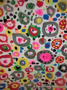 collaborative circle painting