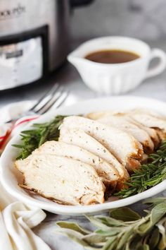 Crock Pot Thanksgiving Turkey Breast with easy gravy requires just 10 minutes prep time and doesn't take up valuable space in your oven on Thanksgiving! Plus it's extra tender and moist, it's a win-win! Easy Turkey Recipes, Healthy Crockpot Recipes, Thanksgiving Recipes, Thanksgiving Turkey, Healthy Foods, Turkey Breast In Crockpot Recipe, Easy Gravy, Slow Cooker Turkey, Low Sodium Chicken Broth