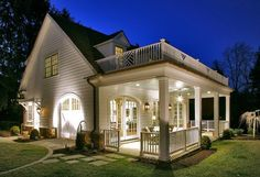 Traditional Porch Design Ideas, Pictures, Remodel and Decor Style At Home, Future House, Casas Country, Carriage House Plans, Traditional Porch, Traditional Design, Balkon Design, Design Exterior, House With Porch
