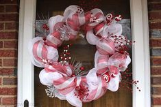 Big Bear's Wife {Recipes that are Angie Tested and BigBear Approved!}: Candy Cane Christmas Deco Mesh Wreath Tutorial it! Deco Mesh Crafts, Wreath Crafts, Deco Mesh Wreaths, Diy Wreath, Wreath Ideas, Burlap Wreaths, Ribbon Wreaths, Yarn Wreaths, Tulle Wreath