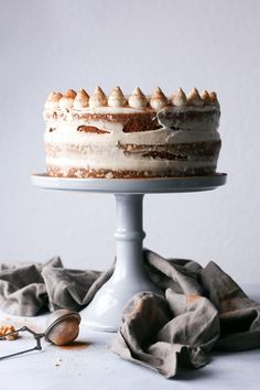 Simple Carrot Cake with Cashew Frosting layer